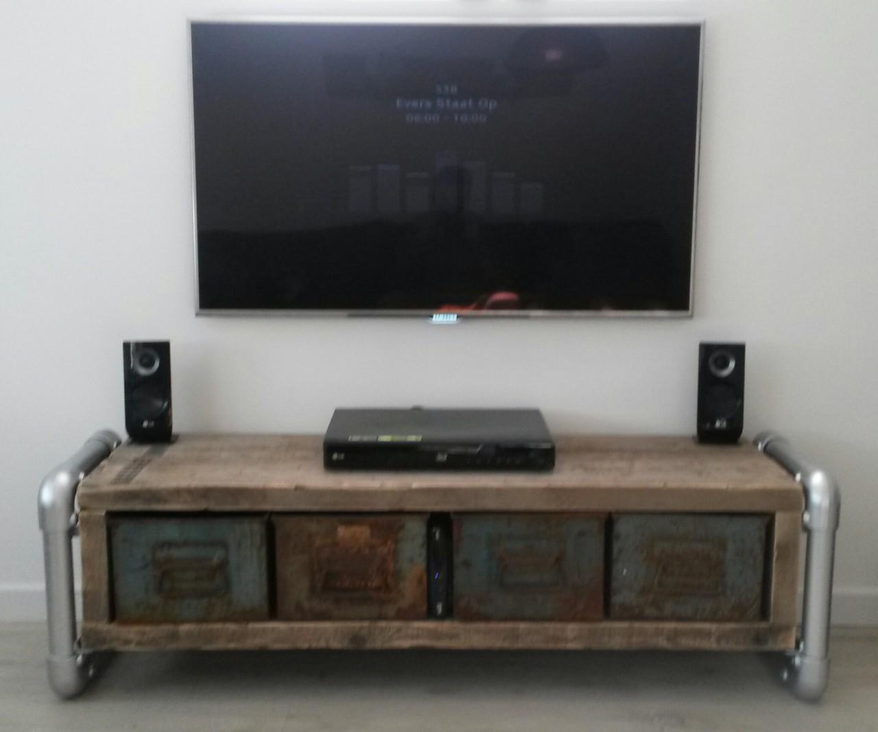 Maatwerk meubilair - Meubilair tv industrie ...